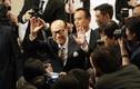Đại gia giàu và thông minh nhất Hong Kong 'né' biểu tình như thế nào