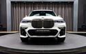 Cận cảnh BMW X7 M50i trắng Alpine, nội thất Tartufo lịch lãm