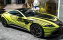 """Siêu xe Aston Martin của đại gia Sài Gòn """"thay áo"""" đón Tết"""