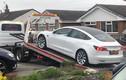 """Tesla Model 3 """"rụng"""" vô lăng khi mới lăn bánh được một tháng"""
