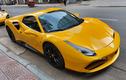 Chạm mặt siêu xe Ferrari 488 Spider vàng rực một góc Sài Gòn