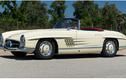 Mercedes-Benz 300 SL Roadster 1961 rao bán hơn 20 tỷ đồng