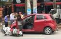 Mở cửa ôtô không quan sát gây tai nạn bị xử phạt thế nào?