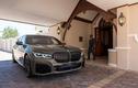 Xế sang BMW 745Le xDrive kịch độc của khách sạn Ellerman House
