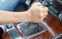 """Những sai lầm của """"tài mới"""" khi lái xe ôtô số tự động"""