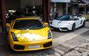 """Bộ đôi """"bò già"""" Lamborghini Gallardo khoe dáng ở Sài Gòn"""