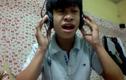 Phát sốt nam sinh có giọng hát hay như Quang Lê