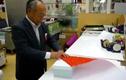 Lác mắt xem người Nhật gói quà đẹp từng chi tiết