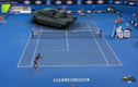 Tay vợt số 1 thế giới chơi tennis với xe tăng