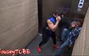 Thót tim xem cảnh anh chàng múa võ trong thang máy