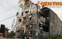 Nhà 4 tầng bị đổ nghiêng, 10 người thoát nạn