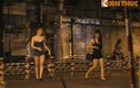 Trai giả gái bán dâm chèo khách công khai giữa Sài Gòn