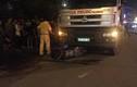 Bị xe tải kéo lê trên đường, nam thanh niên tử vong