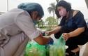 Bệnh nhân, y, bác sĩ bệnh viện Nhiệt đới Trung ương được tiếp sức chống dịch Covid-19