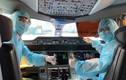 Dịch Covid-19: Nhân viên Vietnam Airlines phải dùng ống thở giờ ra sao?