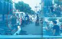 Video: Cả tuyến phố tắc vì người đàn ông say rượu dắt xe dựng giữa đường