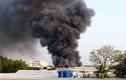Cháy lớn ở Bình Dương, nhiều nhà dân, phòng trọ... bị thiêu rụi