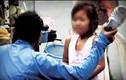 Phẫn nộ cảnh bé gái Trung Quốc bị lột đồ, tát 96 cái trong 4 phút