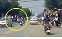 """Video: Nữ sinh phóng xe tốc độ """"bàn thờ"""" gây tai nạn"""