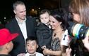 Lý Thanh Thảo cùng chồng Tây mang con đi ra mắt phim