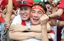 Đàm Vĩnh Hưng khóc khi U23 Việt Nam vuột chức vô địch