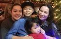 Có 22 người con, Phi Nhung đích thị là bà mẹ nhiều con nhất showbiz!
