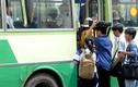 Sốt ruột tình trạng trẻ em gái bị quấy rối tình dục trên xe buýt