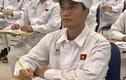 Lệ Rơi làm công nhân: Kết đắng cho hiện tượng mạng ôm mộng vào Vbiz