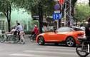 Video: Đại gia lái BMW và hành động bất ngờ giữa ngã tư