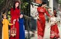 Ngắm mỹ nhân Việt diện áo dài đỏ, đón may mắn đầu năm