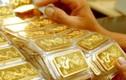 Giá vàng hôm nay 26/11: Rớt 1 triệu đồng/lượng, áp lực đè nặng