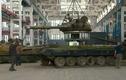 Bên trong xưởng hồi sinh xe tăng ở Ukraine