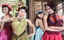 """Chân dung """"bà hoàng"""" của trang phục phim Việt"""