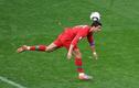 """15 bàn thắng """"không ngờ"""" nhất trong lịch sử bóng đá"""