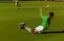 Màn khởi động dị nhất quả đất của cầu thủ bóng đá