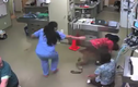 Chó cõng bác sĩ thú y chạy thoát khỏi phòng khám gây sửng sốt