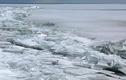 Cảnh tượng đáng kinh ngạc từ những lớp băng vỡ