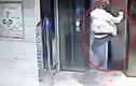 Xông phi đạp vỡ cửa thang máy, nam thanh niên gãy cả 2 chân