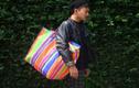 Xôn xao túi xách hàng hiệu 3.000 USD giống hệt túi nilon đi chợ