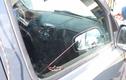 Mẹo mở cửa ô tô bằng 1 sợi dây trong nháy mắt