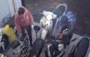 Truy tìm đôi nam nữ đi SH ăn trộm xe máy ở Hà Nội