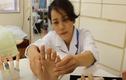 Gặp người phụ nữ chuyên làm ngón tay giả cho cựu mafia Nhật Bản