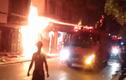 Cháy lớn tại xưởng gỗ ở Hà Nội