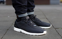 Tip mặc đẹp: Cách xắn gấu quần jeans khi mang giày thể thao