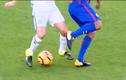 """Những pha """"xâu kim"""" đẹp mắt trong bóng đá (4)"""