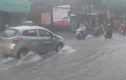 Lý giải về đợt mưa kéo dài hiếm có từ năm 1971 tại Hà Nội
