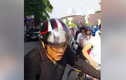 Chàng trai đuổi theo người gây tai nạn giao thông