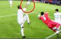 Video: Những tình huống cầu thủ dùng tay chơi bóng như thủ môn