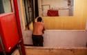 Chung cư 155-157 Bùi Viện - TP HCM: Dăm người lay lắt bám trụ