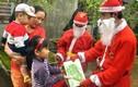 """Giáng sinh tới rồi, dịch vụ cho thuê ông già Noel """"kín show"""" khó tưởng"""